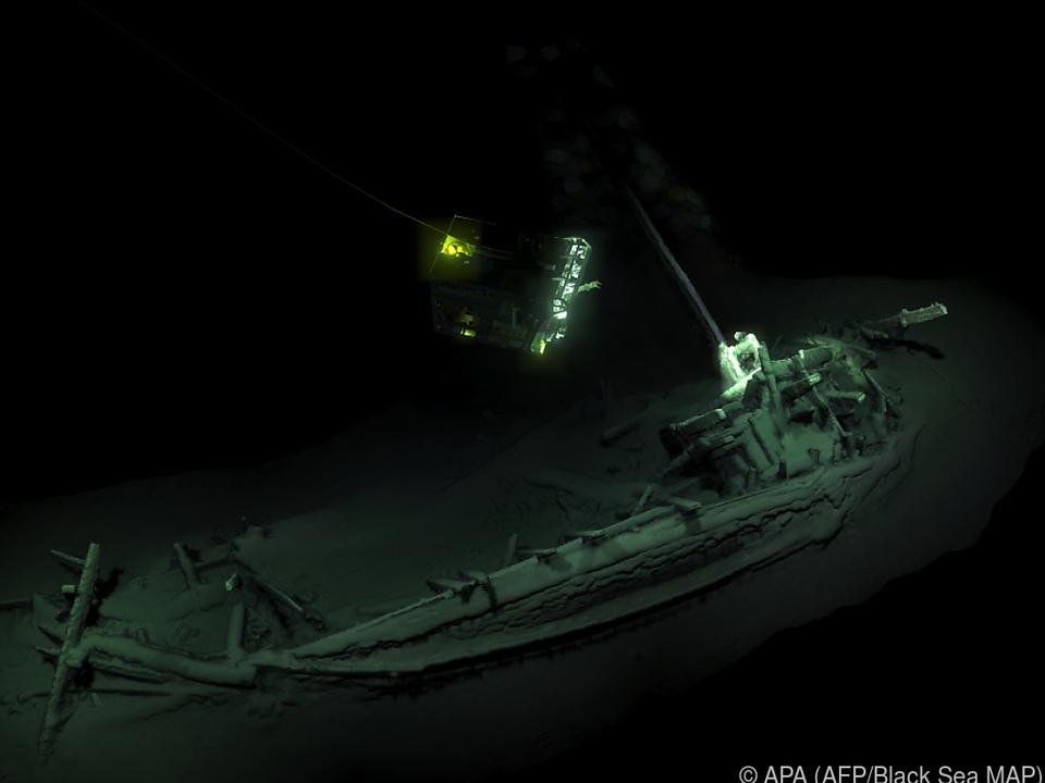 Das Schiff soll rund 2.400 Jahre alt sein