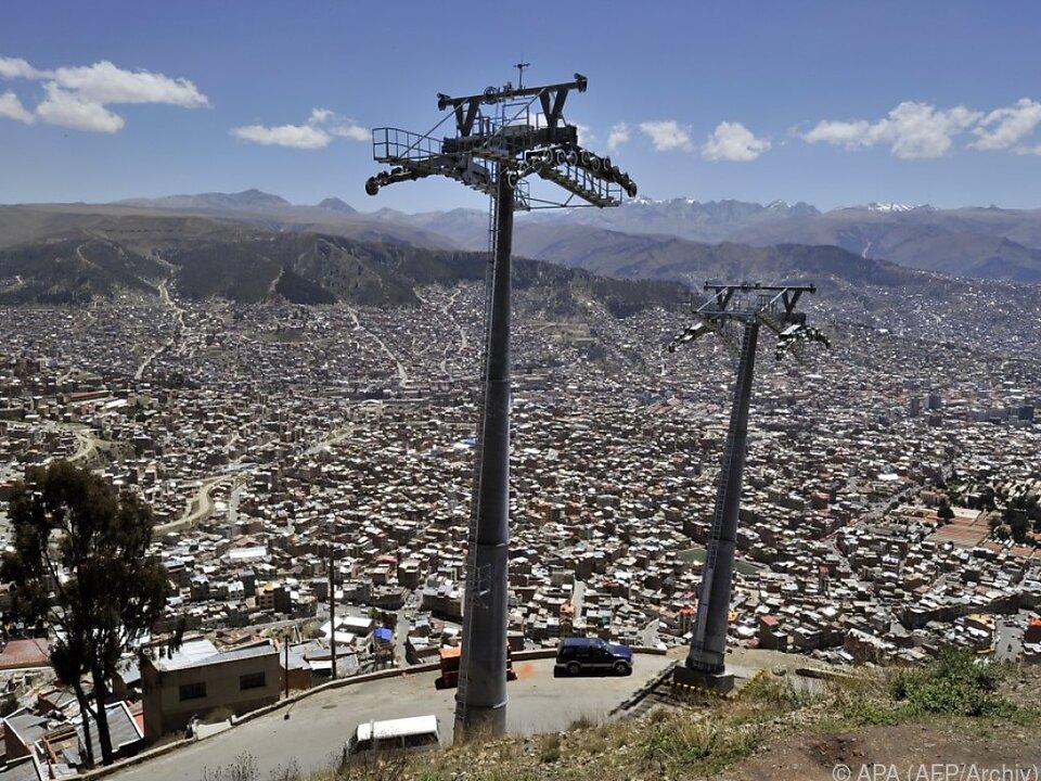 Die neue Seilbahn verbindet La Paz und El Alto