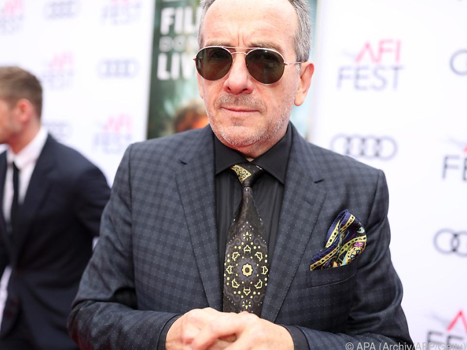 Elvis Costello meldet sich mit neuem Album zurück