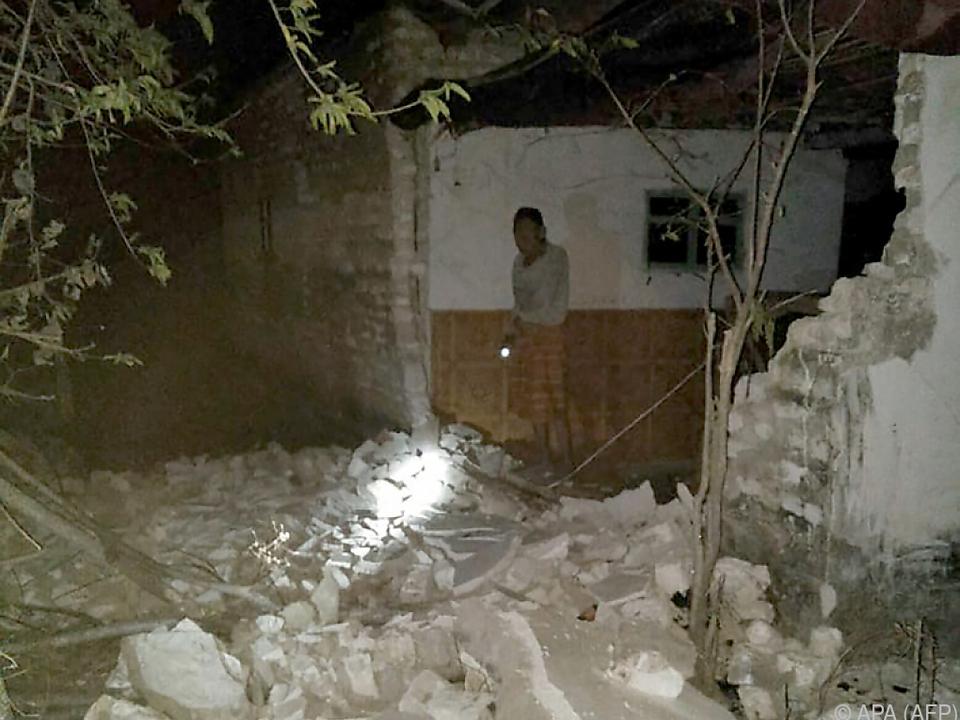 Erneut Schäden durch Beben in Indonesien