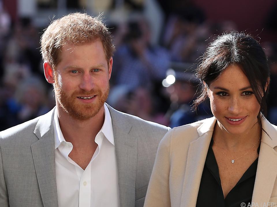 Erste große Auslandsreise für Prinz Harry und seine Frau Meghan