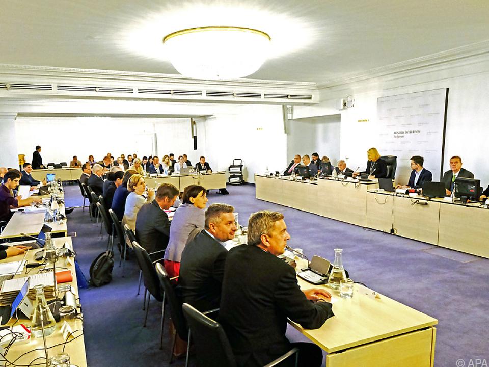 Es geht weiter mit Zeugenbefragungen im BVT-Ausschuss