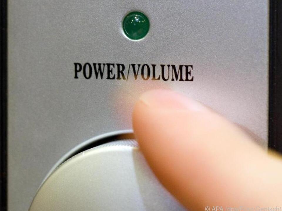 Experten empfehlen, Lautsprecher vor dem Kauf Probe zu hören