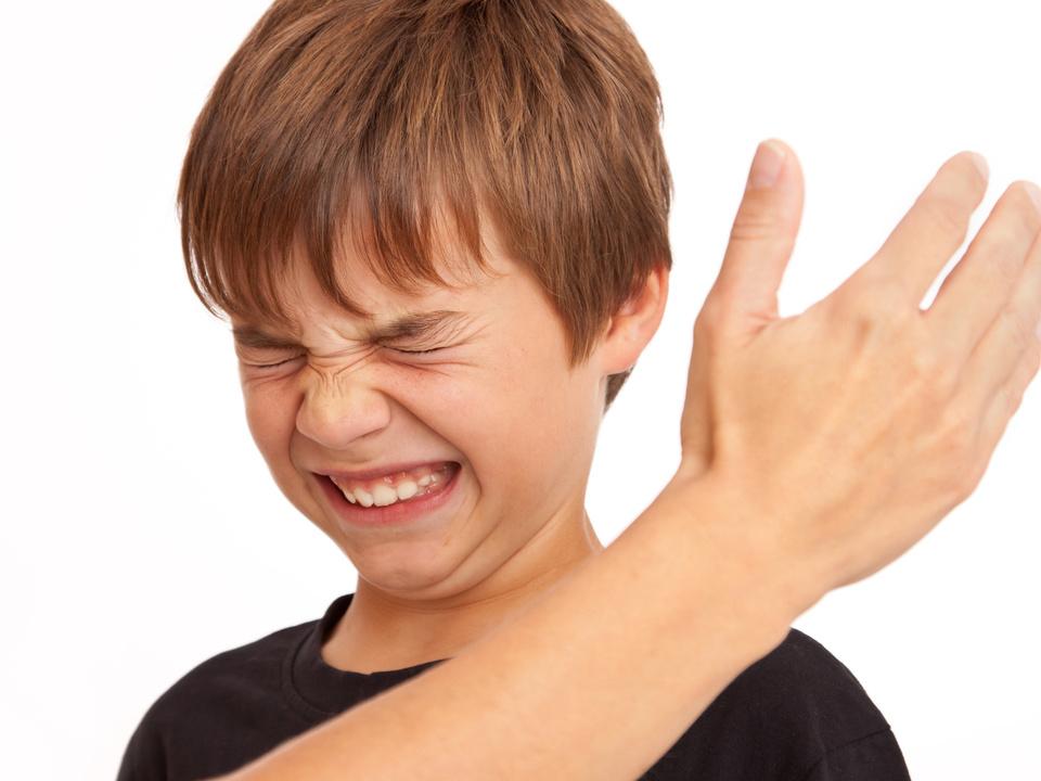Kind Ohrfeige Gewalt