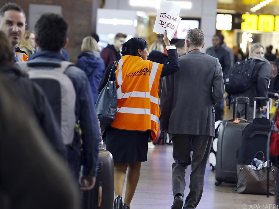Gepäckarbeiter streiken gegen hohe Belastung am Arbeitsplatz