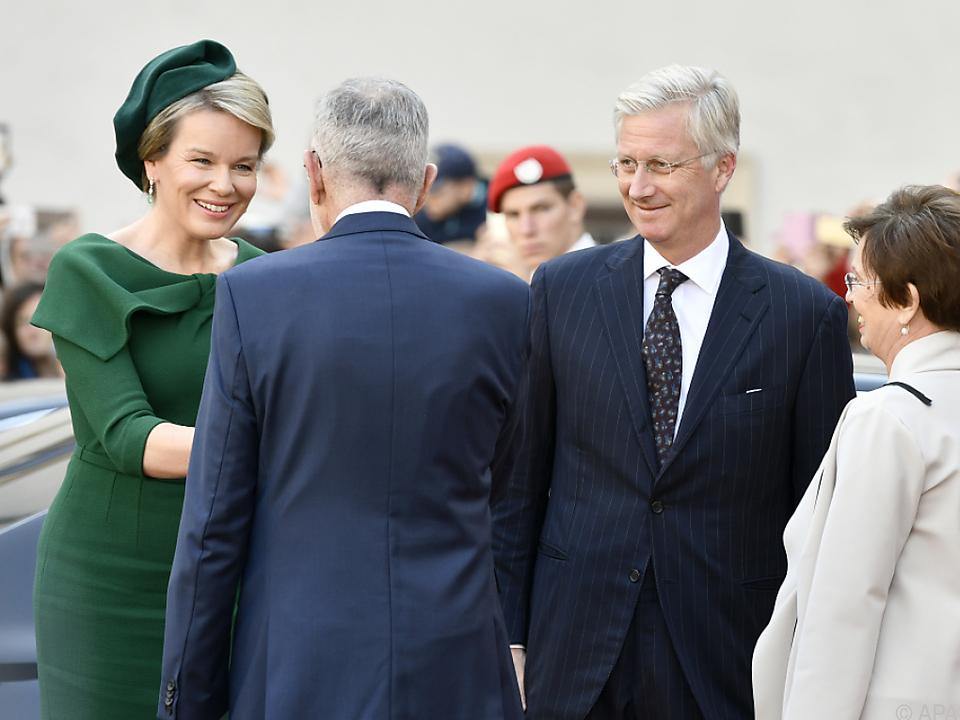 Herzlicher Empfang von Bundespräsident Van der Bellen und seiner Frau