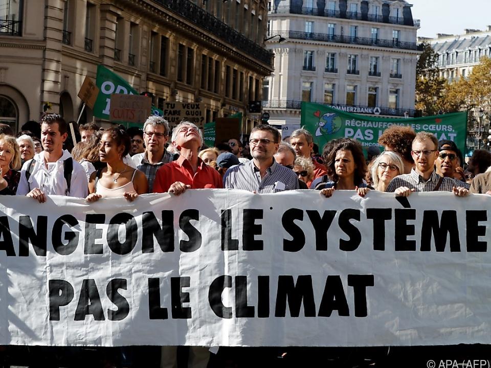 In fast 80 Städten in Frankreich fanden am Samstag Kundgebungen statt