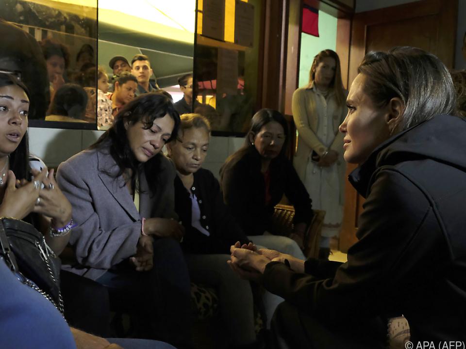 Angelina Jolie nahm sich die Zeit für persönliche Gespräche