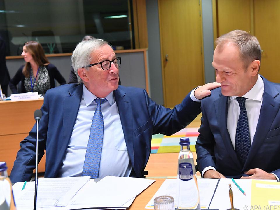 Juncker und Tusk hoffen auf geregelten Brexit