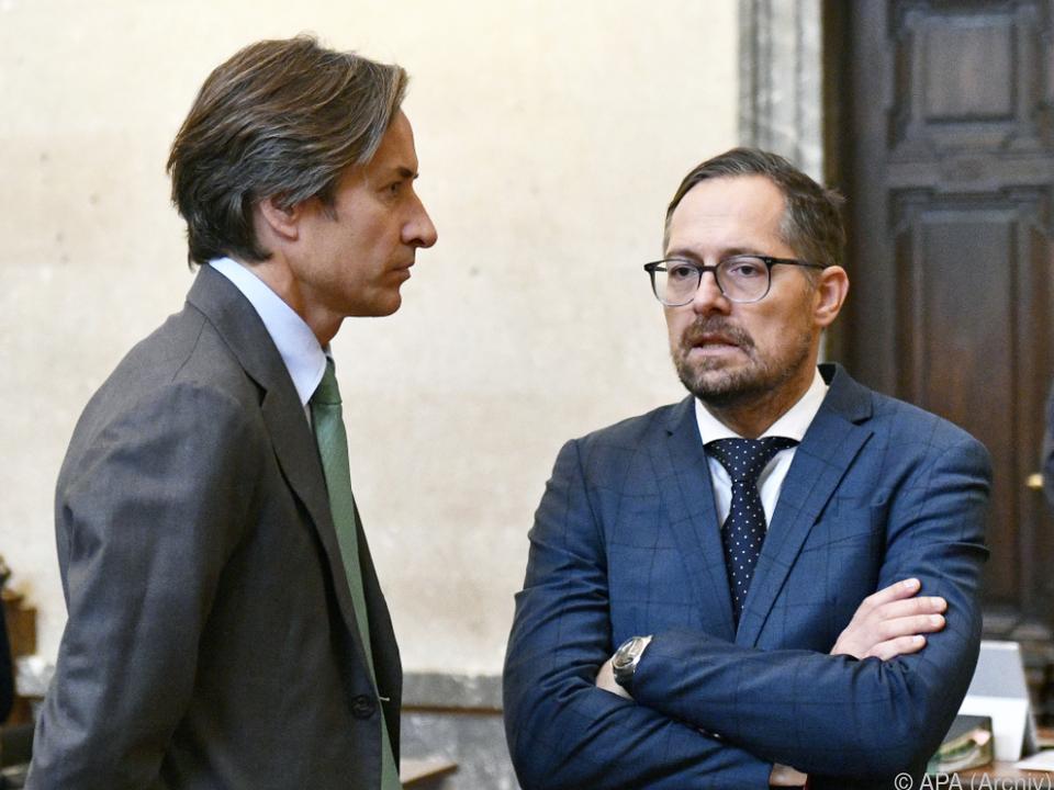 Karl Heinz Grasser mit Anwalt Norbert Wess