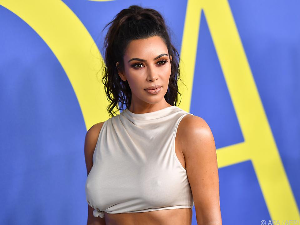 Kim Kardashian wurde im Jahr 2016 überfallen