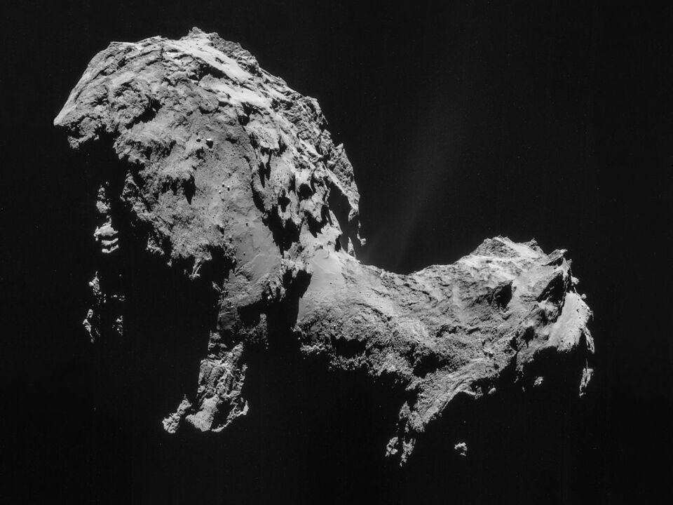 Komet Tschurjumow-Gerassimenko, aufgenommen von der Raumsonde Rosetta (2014)