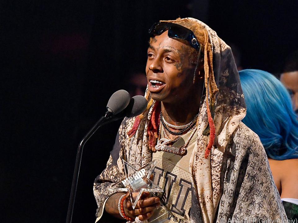 Lil Wayne schrieb auf Twitter, er hoffe, jeder sei in Sicherheit