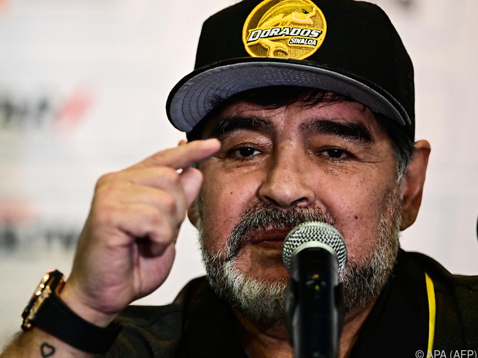 Maradona gibt Messi einen Karriereratschlag