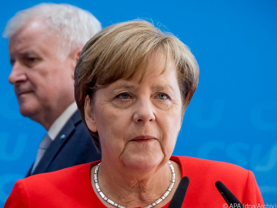 CDU-Vorsitz - Merz bestätigt Kandidatur
