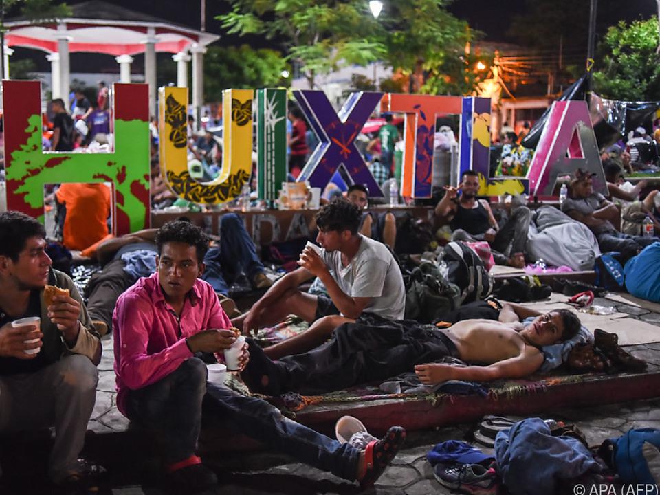 Migranten-Karawane legt einen Tag Pause ein