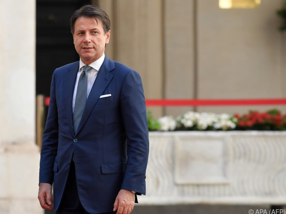 Ministerpräsident Conte und Regierung hielten am Budget fest