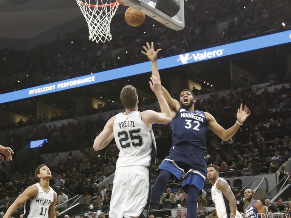 Pöltl mit erstem Punktspiel für San Antonio Spurs