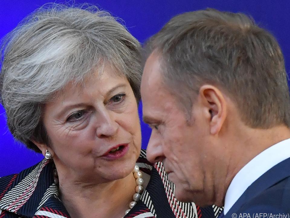 Premierministerin May will mehr Zeit für Brexit-Verhandlungen