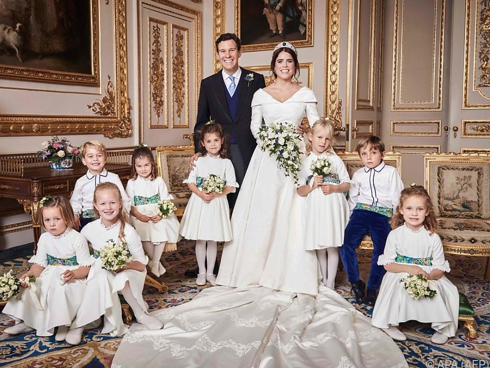 Prinzessin Eugenie und Jack Brooksbank: Fast alle strahlen auf dem offiziellen Hochzeitsfoto