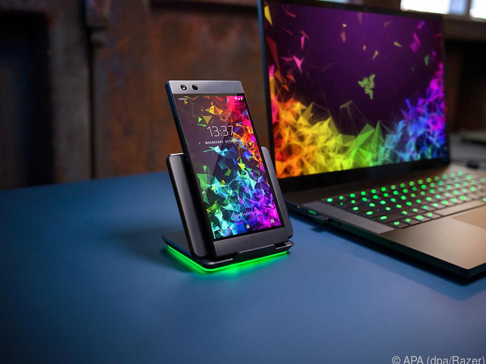 Razer lehnt die Beleuchtungseffekte an die Gaming-Laptops an