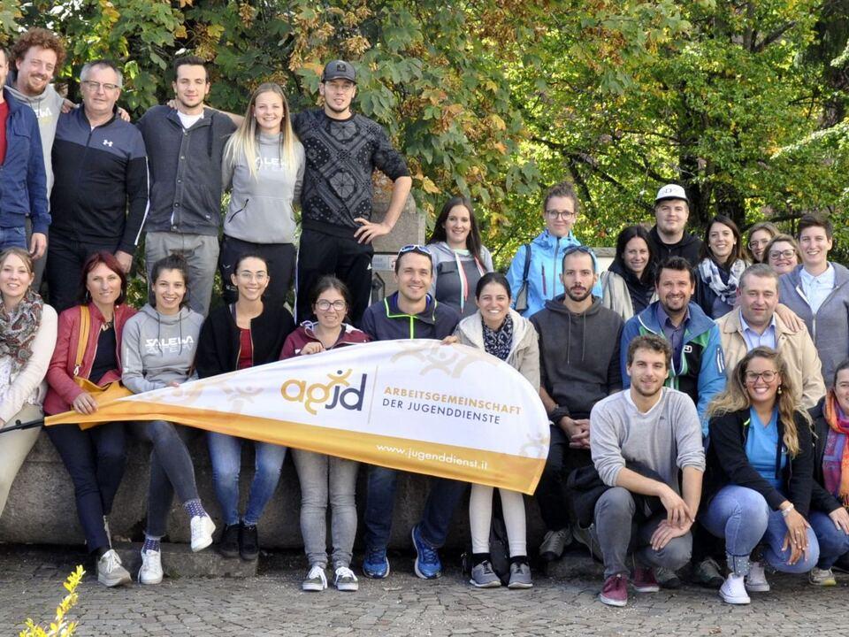 sÅdtirolweite Fachtagung der Jugenddienste zum Thema Jugendpolitik-min
