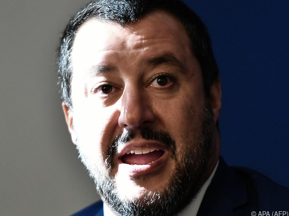 Salvini wirft der EU-Kommission Angriff auf das italienische Volk vor