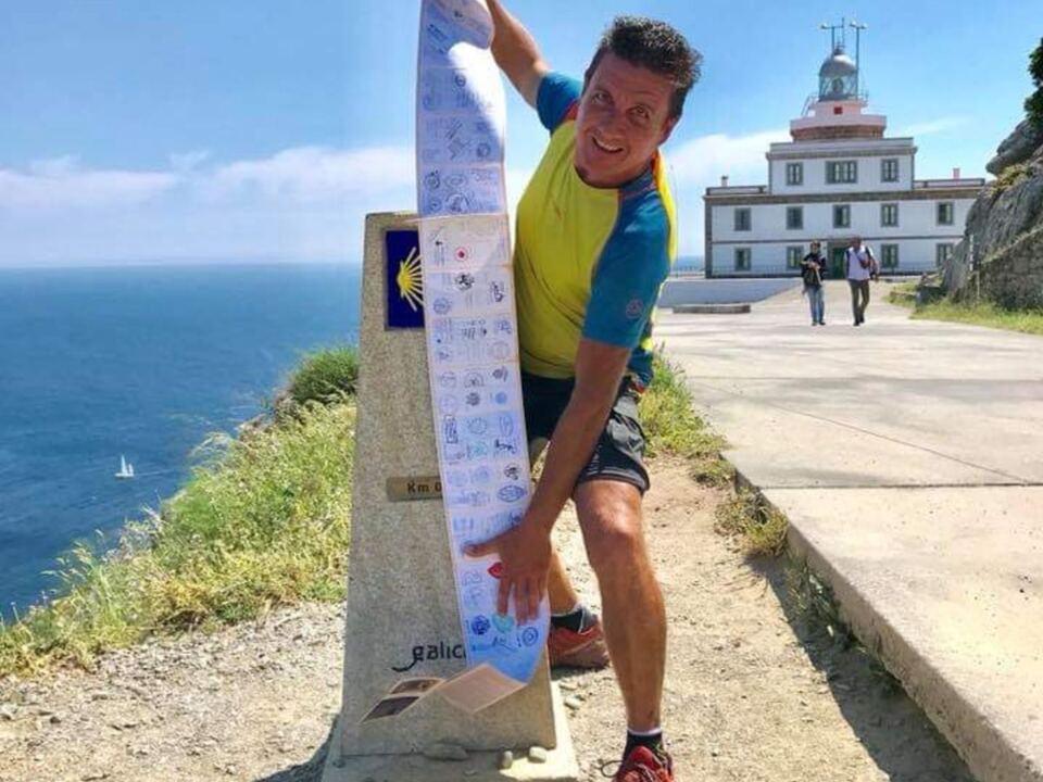 Andrea Gecele, aus Bozen, Tre milioni di passi fino a Santiago