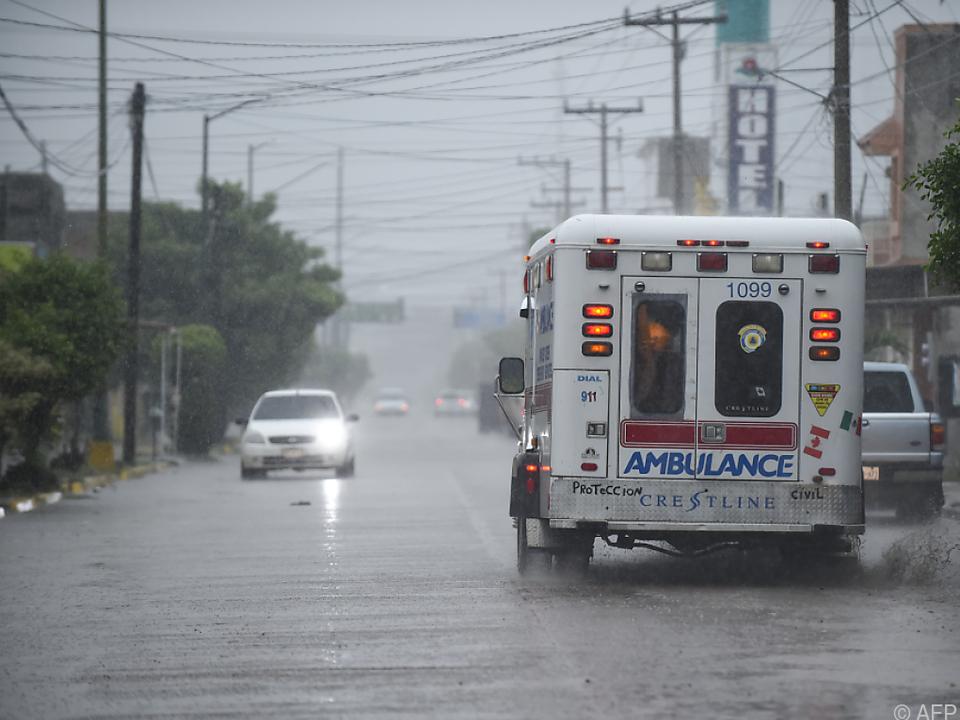 Straßen wurden überflutet