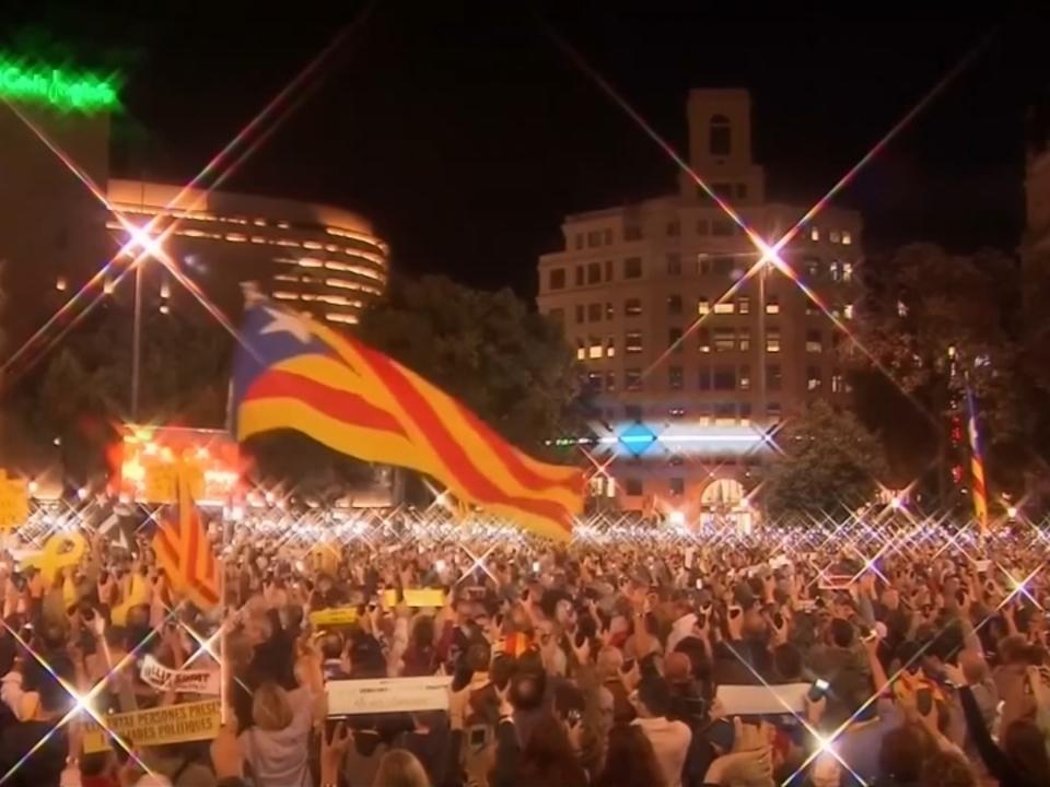 Tausende demonstrieren für Unabhängigkeit von Katalonien