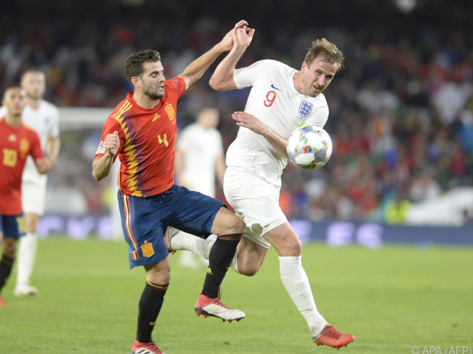 Trotz der Niederlage führen die Spanier die Gruppe 4 weiter an