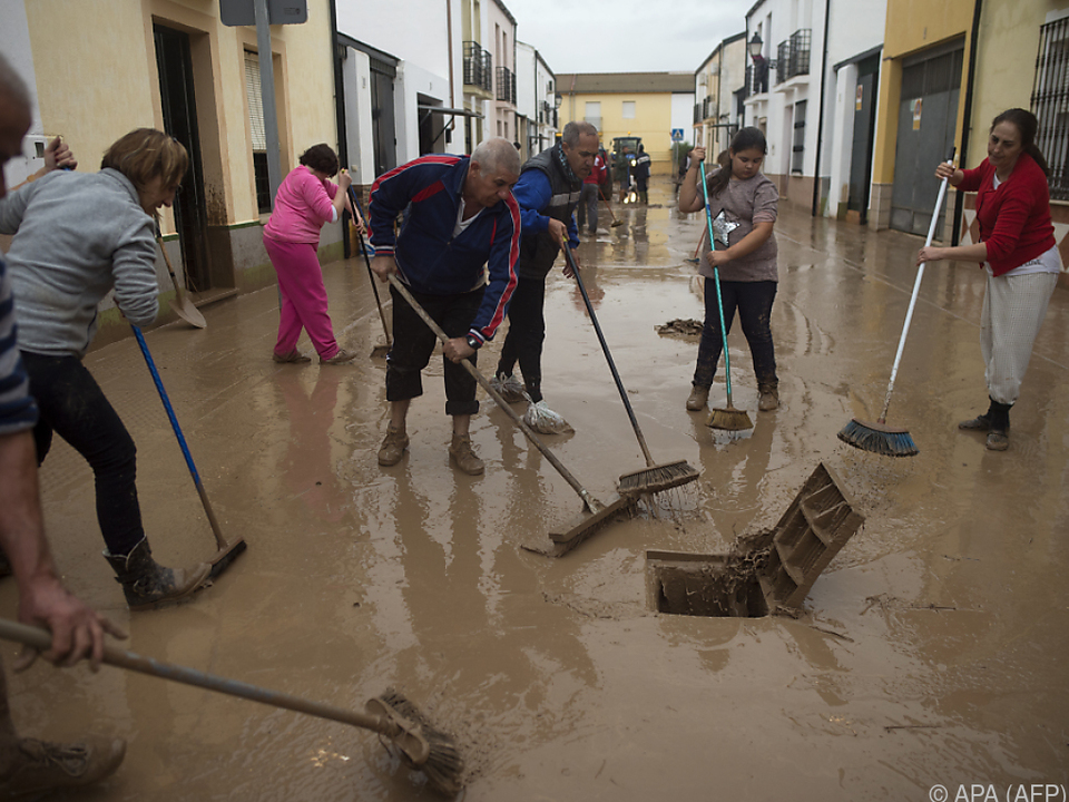 Von den Unwettern sind viele Provinzen Südspaniens betroffen