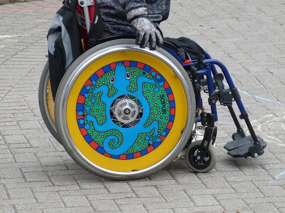 Rollstuhl Behinderung