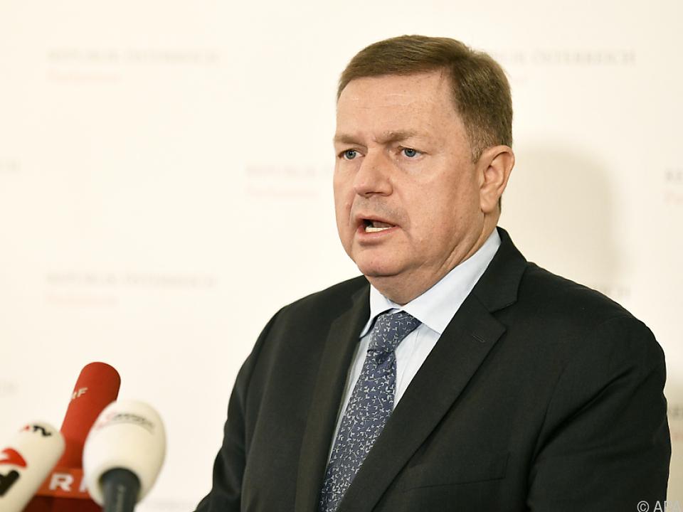 Amon (ÖVP) legt sich mit Koalitionspartner FPÖ an