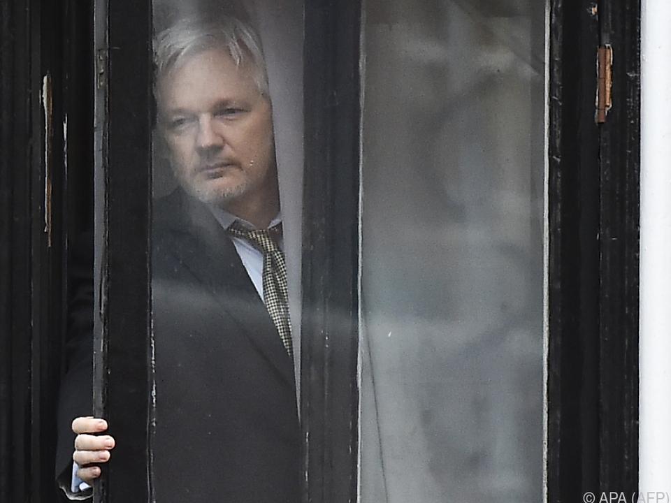 Assange lebt derzeit in der ecuadorianischen Botschaft in London