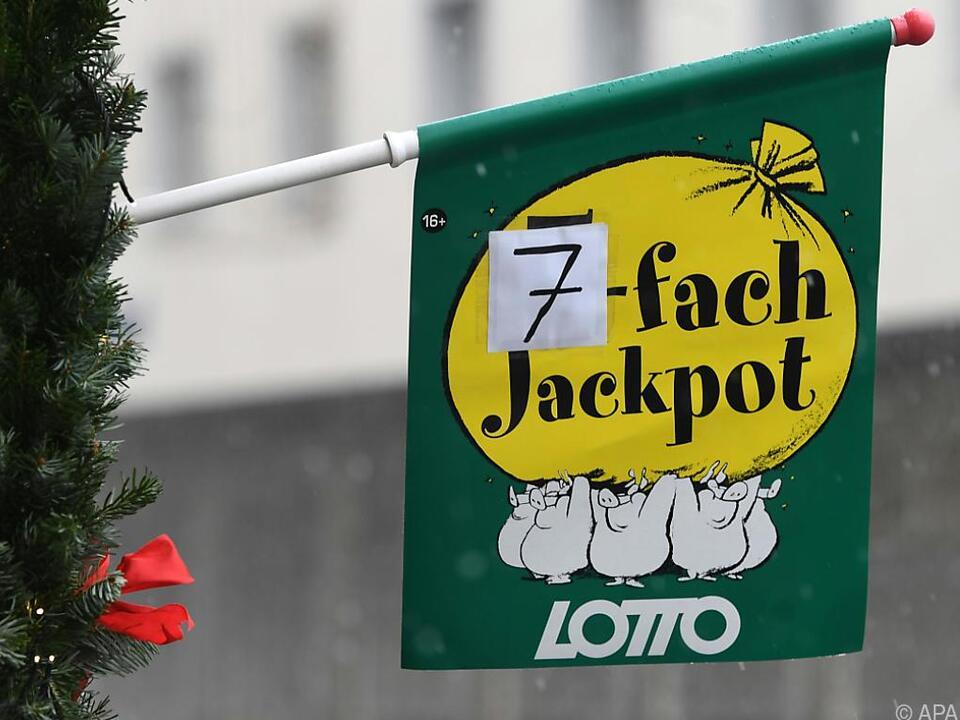 Auf den Gewinner warten seit Mittwochabend 14,9 Millionen Euro