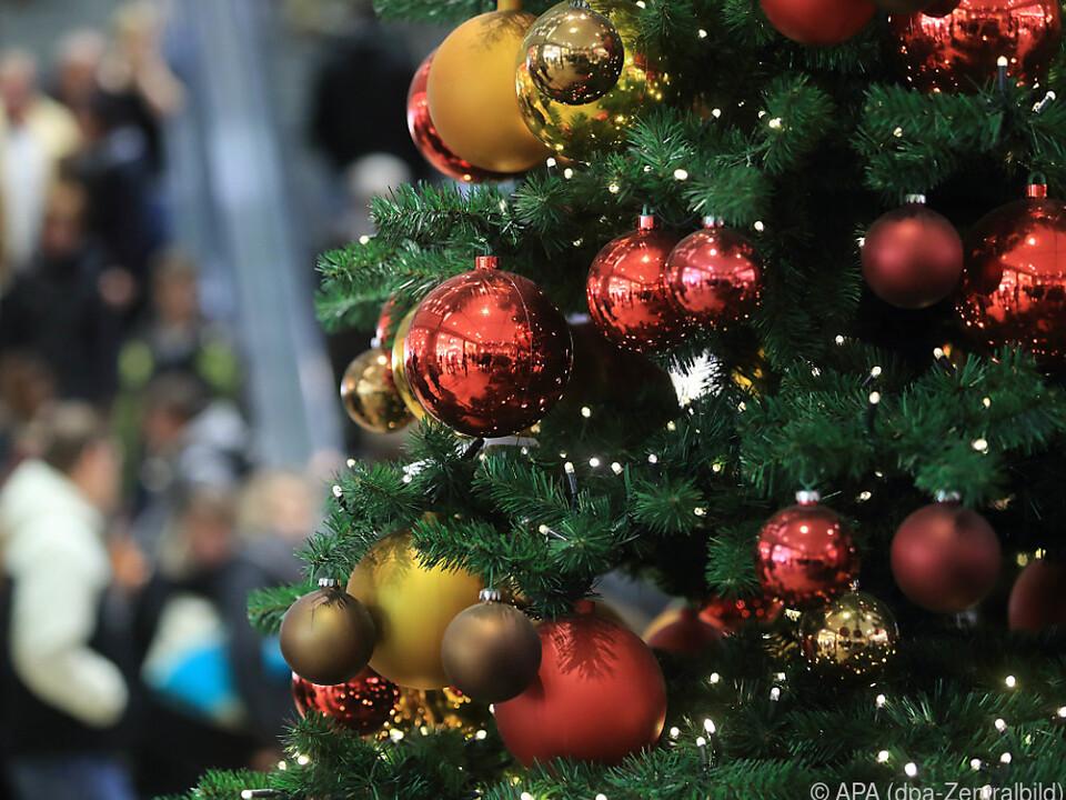 Weihnachtsausgaben der Österreicher im Europa-Vergleich hoch ...
