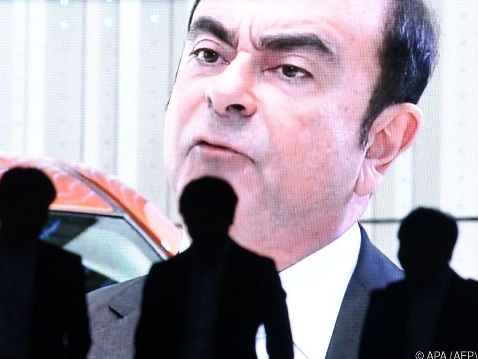 Carlos Ghosn wurde wegen Verstößen gegen Börseauflagen festgenommen