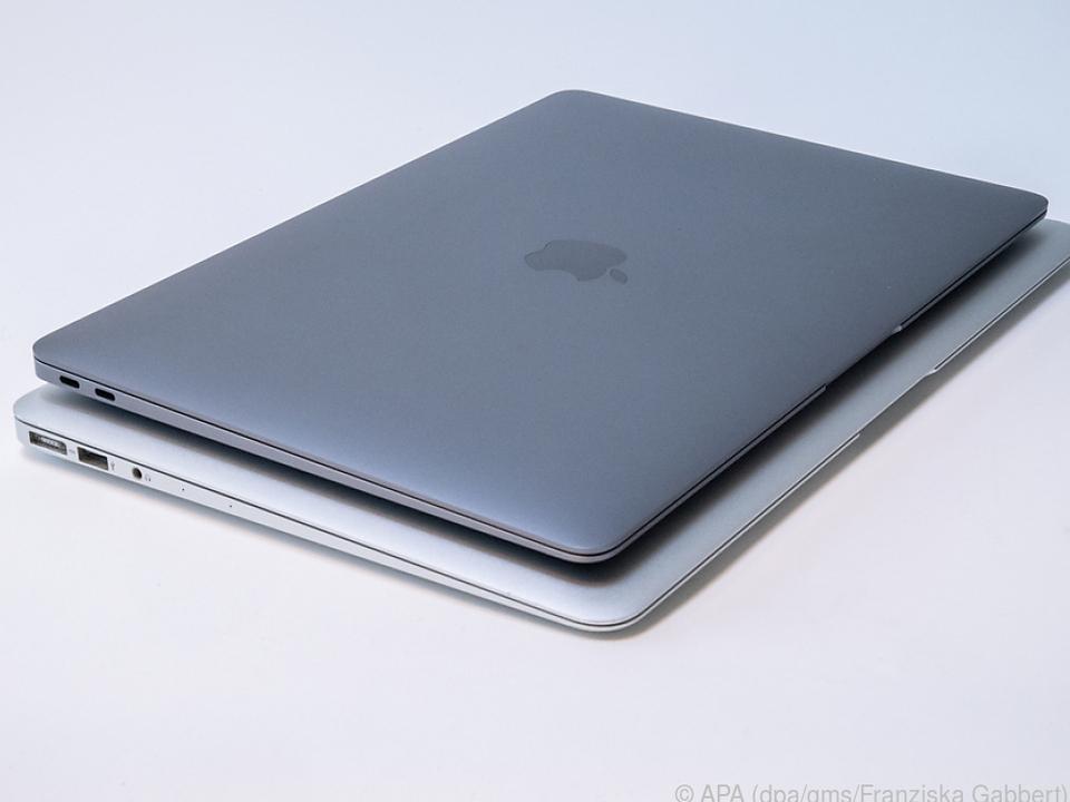 Das neue MacBook Air liegt auf der 15-Zoll-Version des MacBook Pro