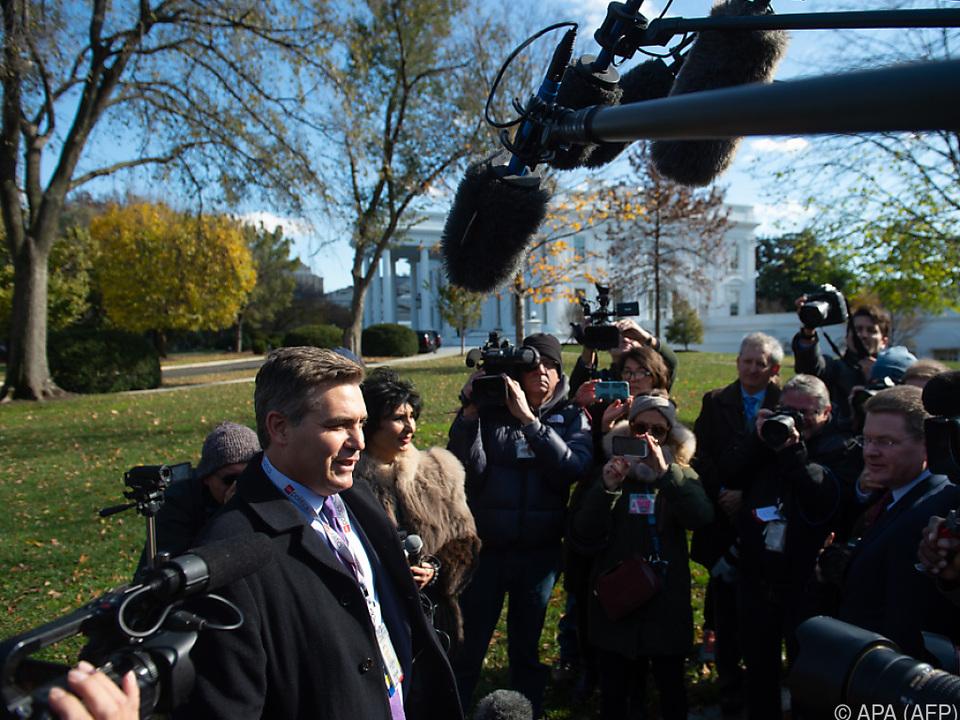Das Weiße Haus drohte Acosta erneut