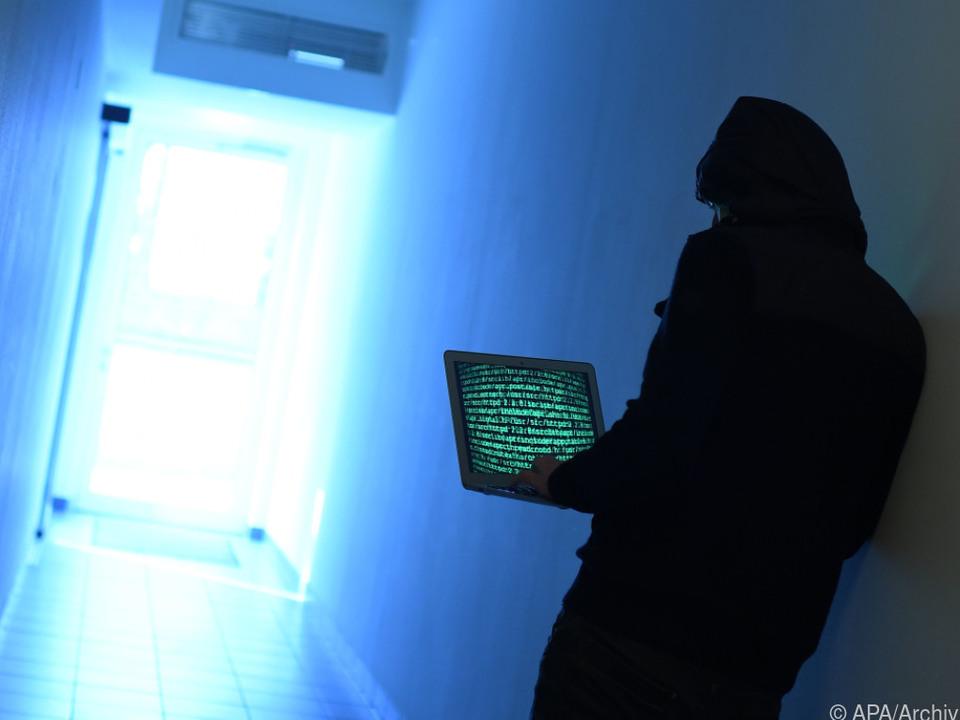 Die Kriminalität im Internet steigt an