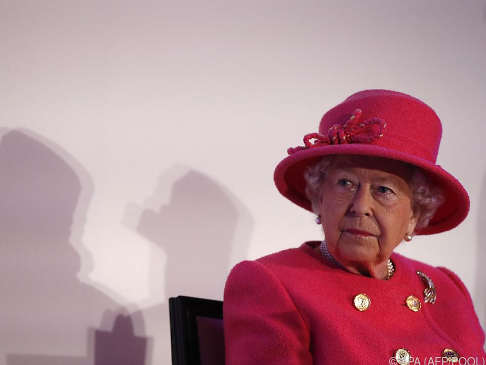 Die Queen verbrachte den Tag wenig romantisch mit einem Pflichtermin