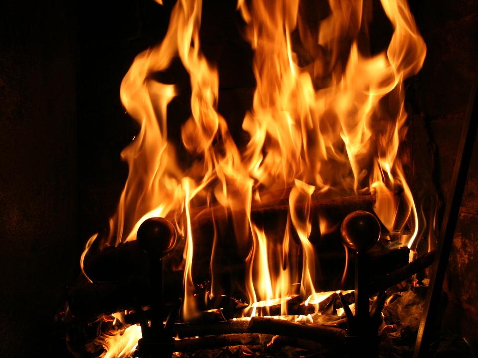 kohlenmonoxid feuer heizung ofen flammen feuerwehr sym