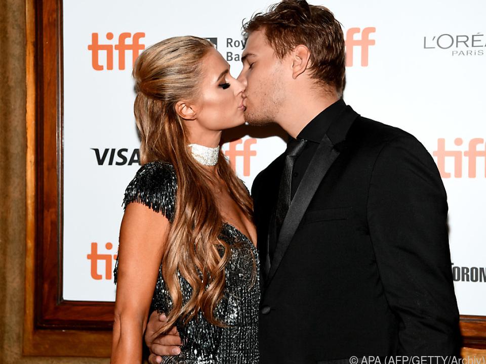Im Jänner hatte sich Hilton mit Chris Zylka verlobt