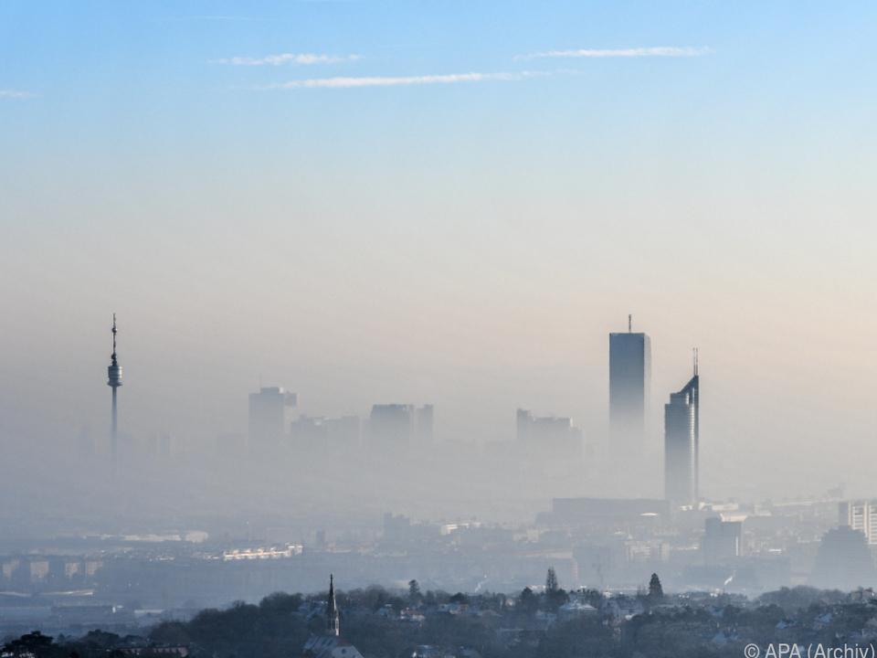Im Nebel kann Wien schon einmal unfreundlich erscheinen