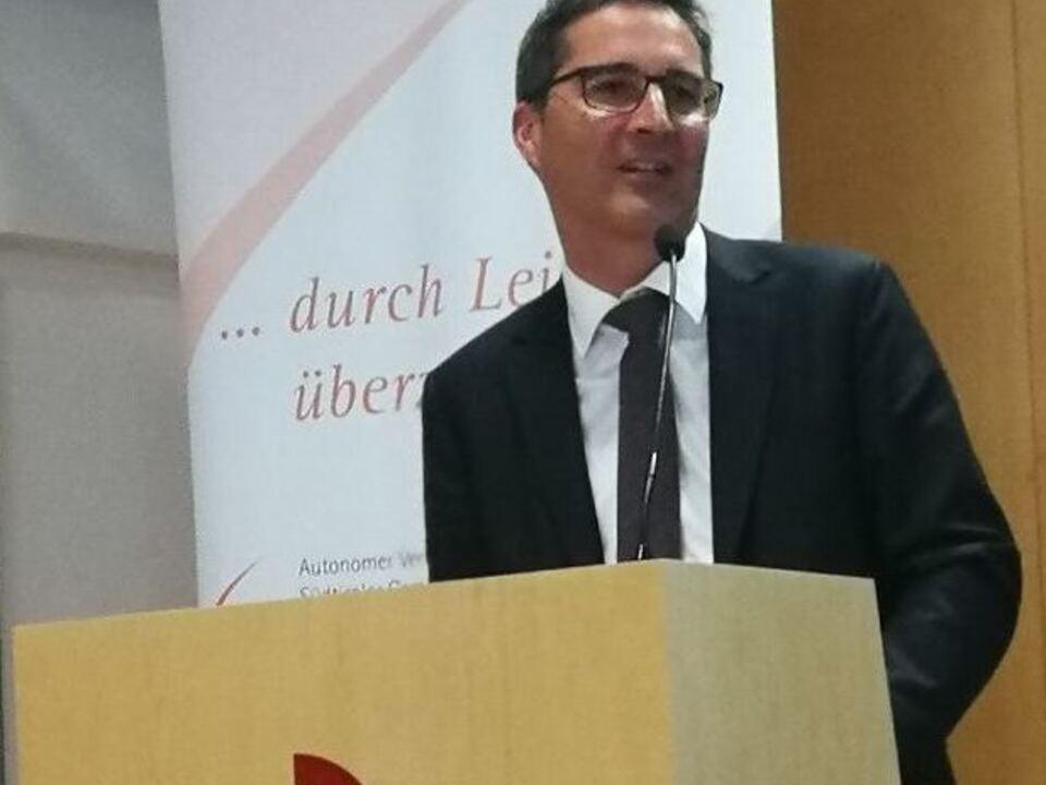 Arno Kompatscher, Forum Brixen