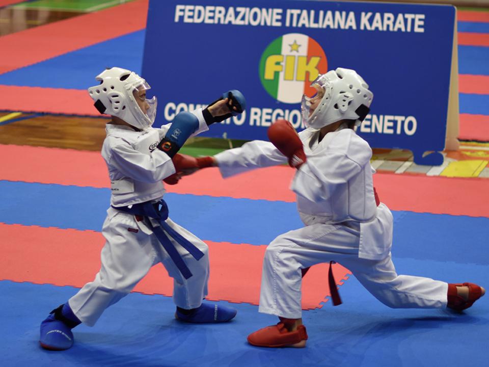 Kumite - Frida Schweiger beeindruckte bei ihrer ersten Wettkampferfahrung
