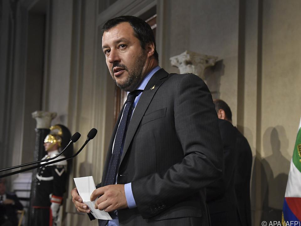 Lega-Chef Salvini bekam Rechnung präsentiert