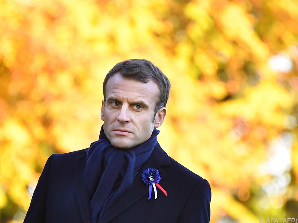 Macron empfängt Trump im Elyseepalast