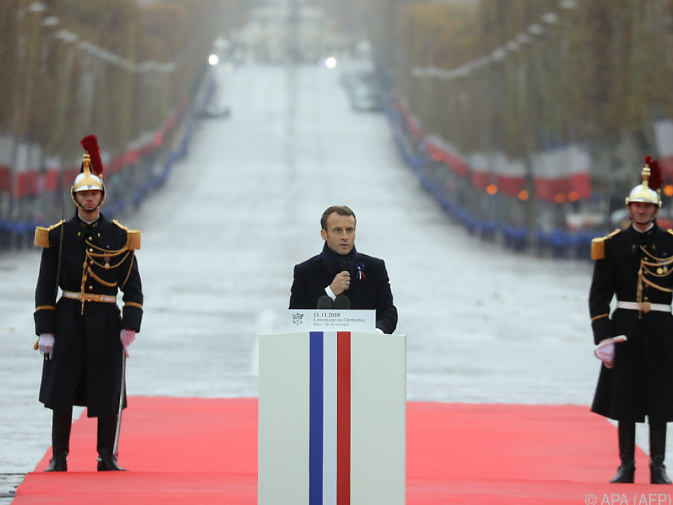 Macrons Rede bildete den Höhepunkt der Gedenkfeier am Triumphbogen